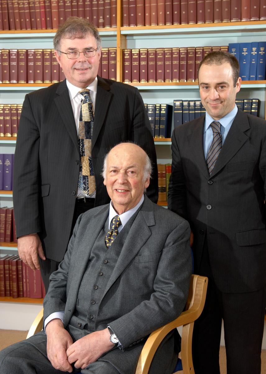 Judge James Crawford at the Lauterpacht Centre for International Law with Sir Elihu Lauterpacht