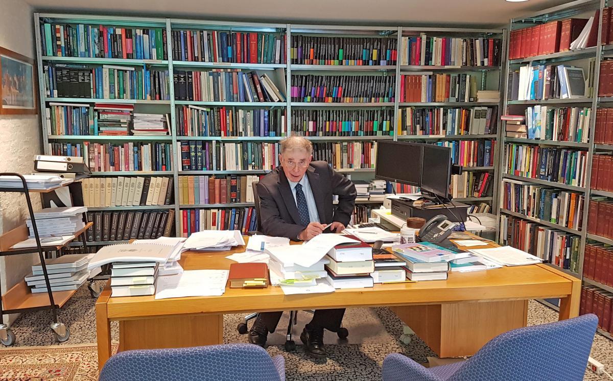 Judge James Crawford at the Hague